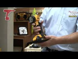 dewalt dcl040 18v xr led pivot torch