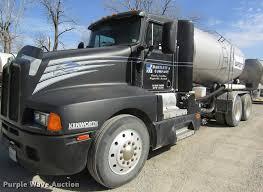 100 Kenworth Truck Company 1994 T600 Nurse Tank Truck Item DC4495 SOLD Ma