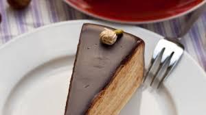 nougat sahne torte mit knusperboden