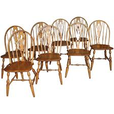 English Windsor Bow Brace Back Dining Chairs With Decorative Splat For Sale At 1stdibs