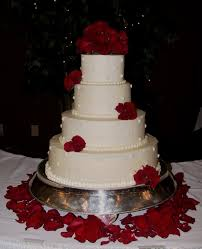 Best Cake Decorating Blogs by White Wedding Cake With Fresh Red Roses Frankfort Ky Wedding