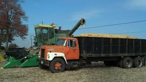 Pin By Jeff Sartain On John Deere Combines 1970's & 1980's Models ...