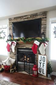 35 Beautiful Xmas Fireplace Decor Ideas