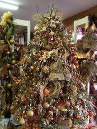 The Sheer Green Ribbons Add To Classy Look Of This Tree Lime Decorating Idea
