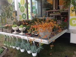 The Roaming Dutch Floral Garden Is A Specially Built Mobile Florist That Makes Purchasing Fresh Gorgeous Flowers More Convenient Than Ever