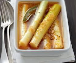 recettes de cuisine avec le vert du poireau poireaux à la grecque recette pas chère