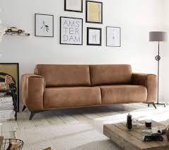sofa in hellbraun