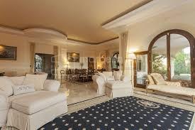 benahavis spektakuläre neubau 5 schlafzimmer villa zu verkaufen in los flamingos golf