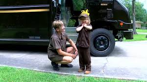 6-year-old Befriends UPS Driver Who Brought Her Life-saving ...
