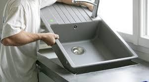 poser cuisine comment poser un évier de cuisine bricolage