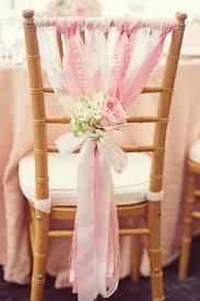 ruban pour noeud de chaise idées déco avec un noeud de chaise archzine fr