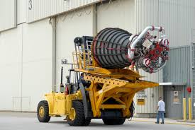 File:Space Shuttle Main Engine On Hyster Forklift.jpg - Wikimedia ... Buy2ship Trucks For Sale Online Ctosemitrailtippers P947 Hyster S700xl Plp Lift Ltd Rent Forklift Compact Forklifts Hire And Rental Vs Toyota Ice Pneumatic Tire Comparison Top 20 Truck Suppliers 2016 Chinemarket Minutes Lb S30xm Brand Refresh Jackson Used Lifts For Sale Nationwide Freight Hyster J180xmt 3 Wheel Fork Lift Truck 130 Scale Die Cast Model Naval Base Automates Fleet Control With Tracker Logistics