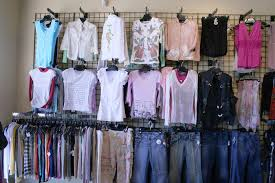 Learn About Clothing Store And Boutique Fixtures Retail Supplies Including Facts Tips Photos Product Info From Discount Shelving Displays