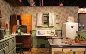 1940s Kitchen 500x315