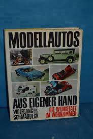 modellautos aus eigener die werkstatt im wohnzimmer