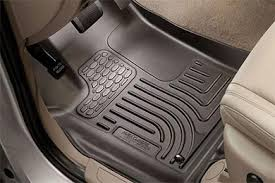 Nissan Armada Floor Mats Rubber by Car Floor Mats U0026 Liners Buying Guide Find The Best Mats For