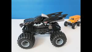 100 Monster Truck Batman Hot Wheels Jam DieCast Vehicle YouTube