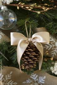 Pine Cone Christmas Tree Lights by 50 Homemade Christmas Ornaments Diy Handmade Holiday Tree