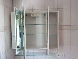 bad spiegelschrank zu verschenken