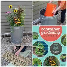 Amazoncom Vegetable Gardening Smart Techniques For