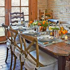 Casual Dining Rooms With Ease And Comfort Traditional Home ...