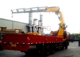 100 Truck Mounted Crane 25 Ton Knuckle Boom Driven By Hydraulic XCMG