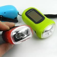 le de poche a manivelle rechargeable cing projecteur solaire alimenté 3led le de