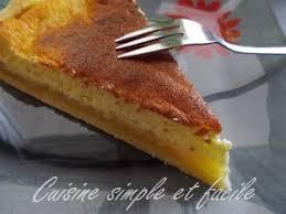 dessert a base de compote de pommes tarte au fromage blanc sur lit de compote de pommes cuisine