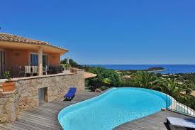 location vacances maison de luxe en bord de mer corse du sud
