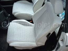 démontage des sièges et garnitures golf1cabriolet