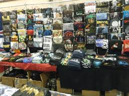 T Shirts For Sale At The Philadelphia Wizard World Comic Con