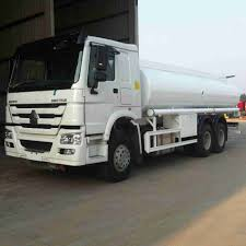 100 Water Tanker Truck HOWO 290HP 64 Tank For Sale For Sale Water Tanker