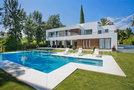 100 Villa In Contemporary Designer Frontline Las Brisas Nueva Andaluca Nueva Andalucia Golf Valley