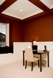 quelle peinture pour un plafond conseil déco pour le plafond décorer plafond peindre le