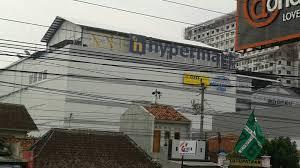 Logo XXI Udah Dipasang Disamping Hypermart