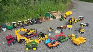BRUDER Toys RC BIG Village Long Play - YouTube Bruder Toys Combine Harvesters Farm Playset Fun Toys For Kids Youtube Tractor Jcb Fastrac Ride Problems Bruder Toy Expert Episode 002 Cement Truck Review Toy Garbage Side And Back Loader Trucks Unboxing Excavator Loader Kids Playing With News Delivery 2016 Mercedes Benz Truck Crashes Lamborghini Scania Toys Manitou Mrt 007 Truck Ram 2500 Cars Rc Adventures Scania Rseries Liebherr Crane 03570 Trucks Tractors Cars 2018 Tractors Work Action Video