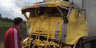 100 Yellow Trucking Jobs Russian Highway Now Yellow After Roadpainting Truck Accident The