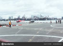 100 New York Pad Usa October 2018 People Helicopter