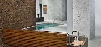 Usa Tile In Miami by Miami Beach Spa Hotels U0026 Resorts Fontainebleau Miami Beach Spa