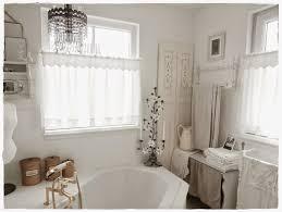 shabby landhaus badezimmer bad gardinen traumhafte