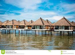 chalet sur l eau chalet de l eau image stock image du chalet malaysia 28246839