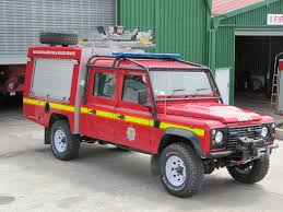 100 Land Rover Defender Truck 130 Fire This Appears To Be A Fa Flickr