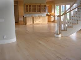 Color Heartwood Is Creamy White To Light Reddish Brown Sapwood Pale Grain Closed Subdues With Medium Figuring And Uniform