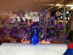 Menards Christmas Trees White by How To Decorate With Menards Christmas Lights Outdoorlightingss