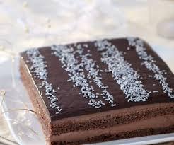 französische mandel biskuit torte mit schokoladenglasur