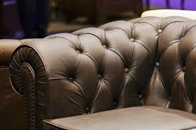 Ethan Allen Leather Sofa by Tips For Buying And Selling Used Ethan Allen Furniture Lovetoknow