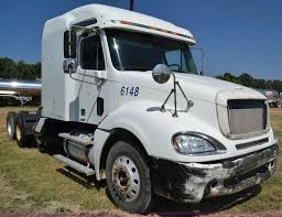 2004 Freightliner Columbia Semi Truck | Item J7226 | SOLD! N...