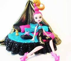 Monster High Bedroom Set by How To Make A Gigi Grant Doll Bed Tutorial Monster High Youtube
