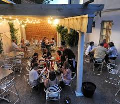 Patio 44 Hattiesburg Facebook by 11 Restaurants In Mississippi With Incredible Outdoor Dining