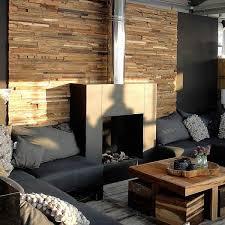 kamin wand holzoptik plywood wandverkleidung wohnzimmer